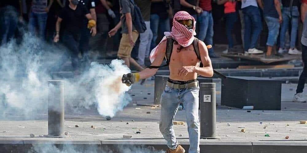 explosion-de-beirut-desploma-al-gobierno-libanes-tras-la-busqueda-de-sobrevivientes-protestas-violentas-aliadoinformativo.com