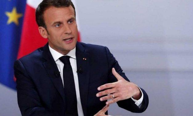 Macron le da instrucciones a su nuevo Gobierno de que siga movilizado a pesar de las vacaciones