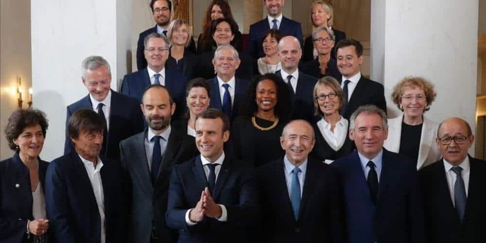 macron-le-da-instrucciones-a-su-nuevo-gobierno-de-que-siga-movilizado-a-pesar-de-las-vacaciones-gabinete-ministros-aliadoinformativo.com