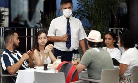 """Madrid solicita evitar """"interacciones sociales innecesarias"""", pero rechaza paralizar la actividad económica y laboral"""