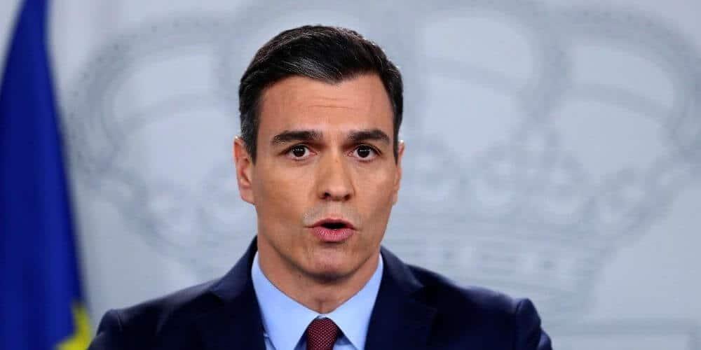 Sánchez se pronuncia acerca de los responsables públicos y llama a defender la Constitución