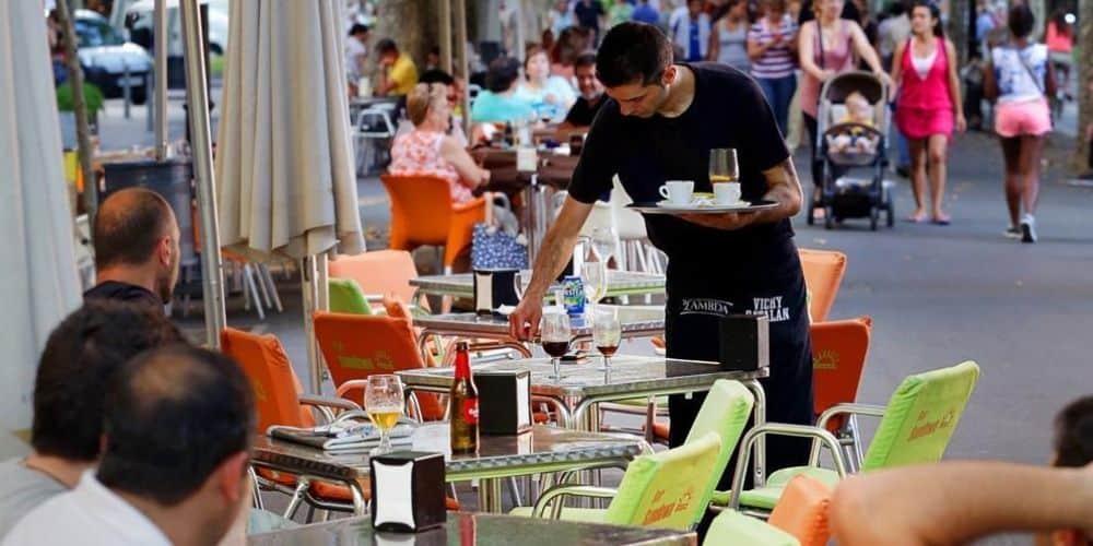 el-empleo-se-incremento-por-primera-vez-en-agosto-con-6822-afiliados-mas-y-306104-trabajadores-salieron-del-ERTE-economia-aliadoinformativo.com