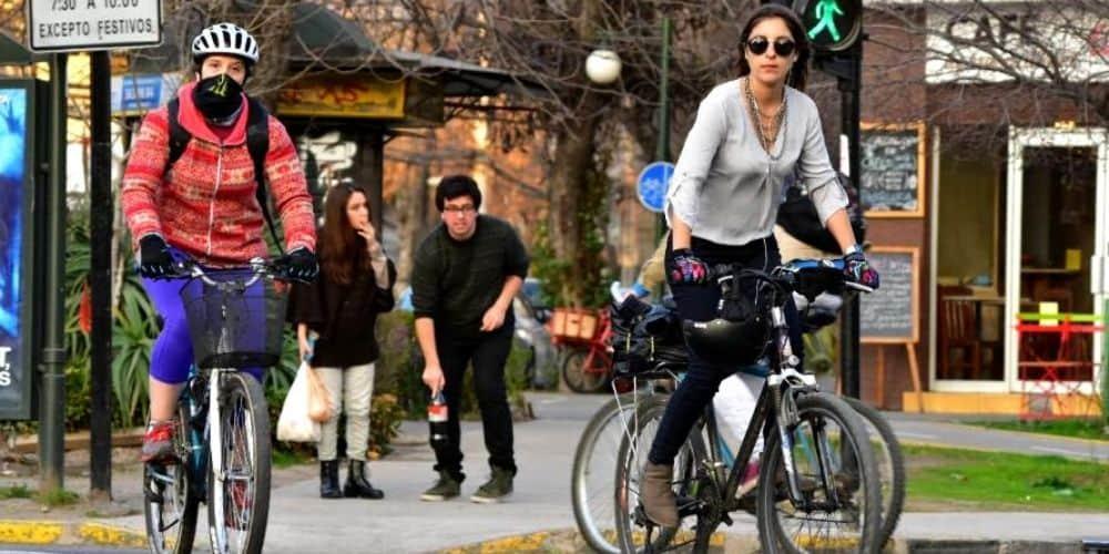 Madrid prohibirá que las bicicletas transiten por los túneles y aparquen en las aceras