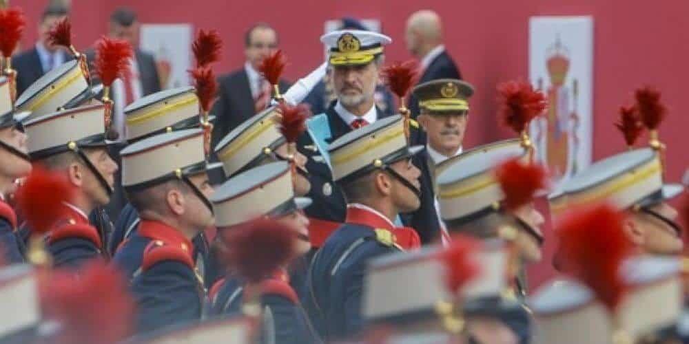 dia-de-fiesta-nacional-presidido-por-los-reyes-sin-desfile-militar-por-primera-vez-acto-militar-12-de-octubre-aliadoinformativo.com