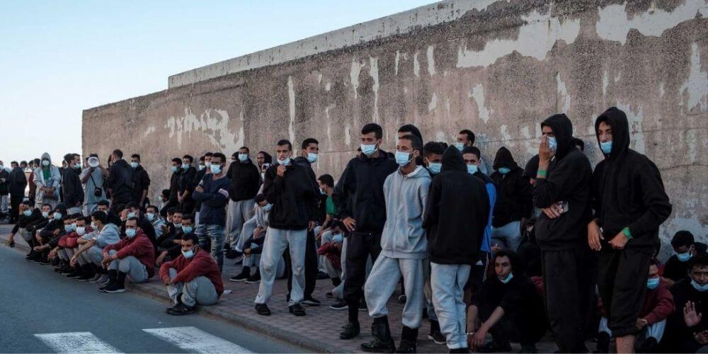 al-menos-200-migrantes-expulsados-del-campamento-del-arguineguín-se-acogidos-por-el-gobierno-migrantes-marroquis-aliadoinformativo.com