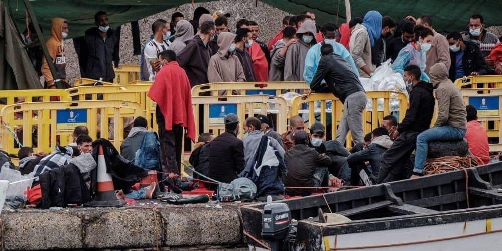 Al menos 200 migrantes expulsados del campamento del  Arguineguín serán acogidos por el Gobierno