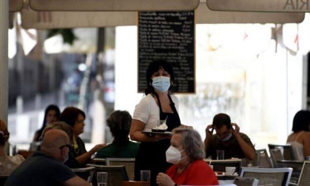El sector hostelería reabre en Cataluña tras cinco semanas de cierre