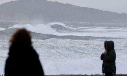 """Al menos unas 37 provincias ya están en alerta por la llegada del temporal """"Dora"""""""