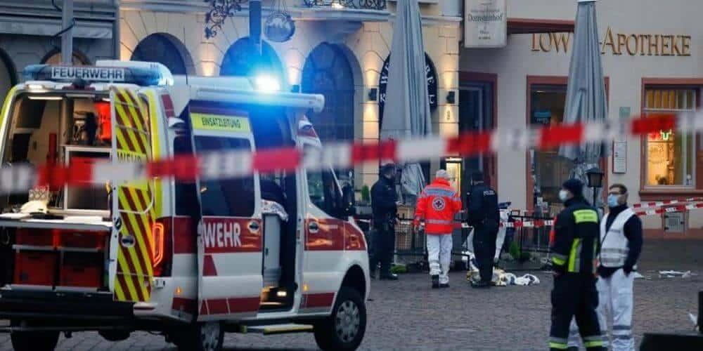 atropello-en-la-ciudad-alemana-de-treveris-deja-unos-cinco-muertos-y-cientos-de-heridos-alemania-atropello-aliadoinformativo.com
