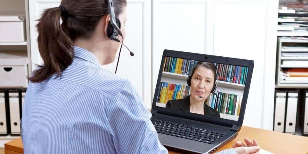 guia-practica-de-como-liderar-el-teletrabajo-exitosamente-videollamada-conferencia-aliadoinformativo.com