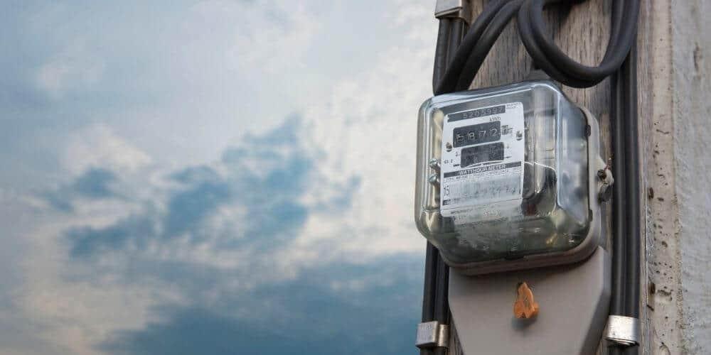 que-se-necesita-para-solicitar-el-servicio-electrico-en-españa-contador-de-electricidad-aliadoinformativo.com